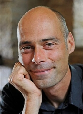 Dr. Stefan Gössling